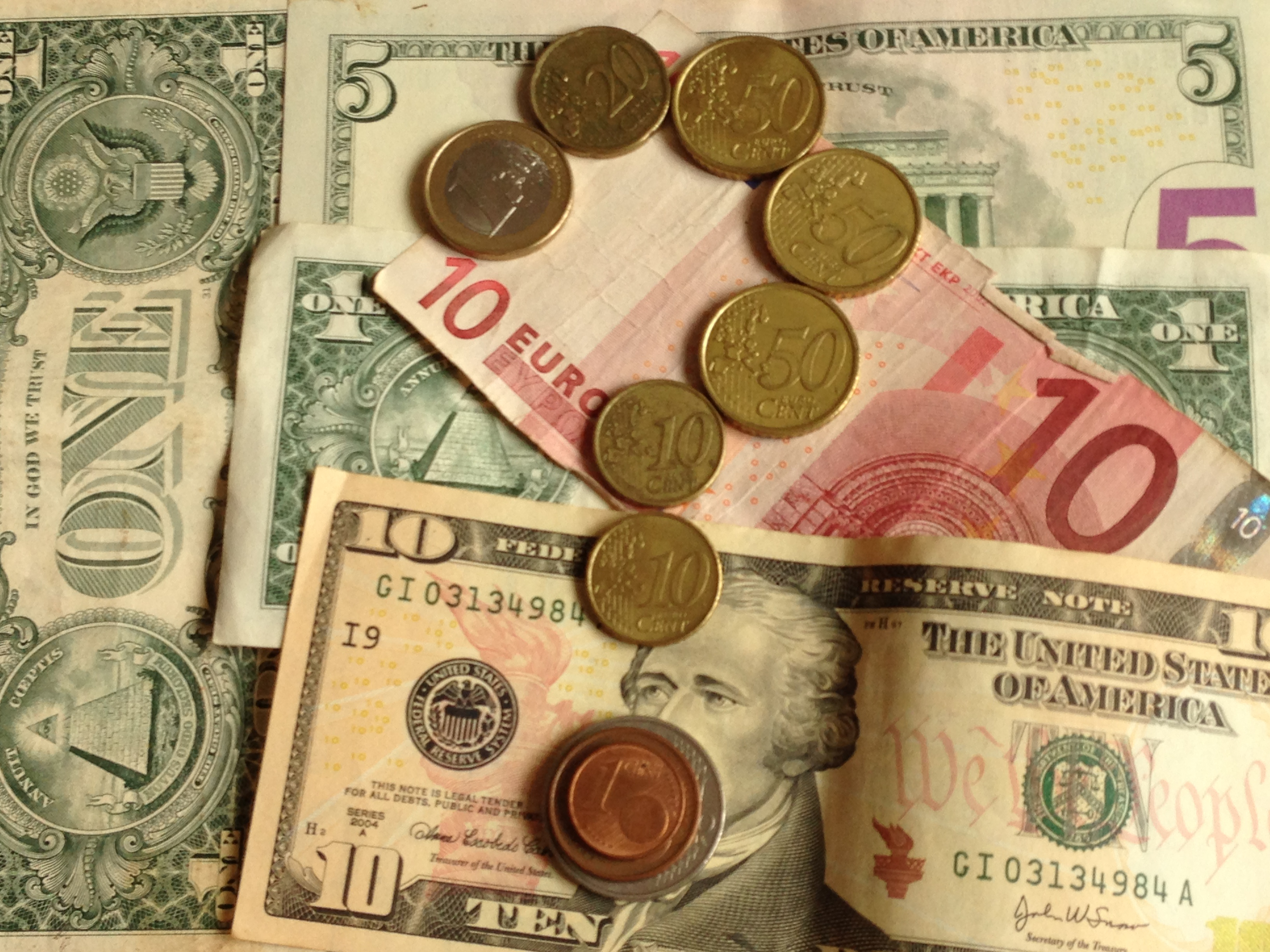 Arbitrage training different currencies